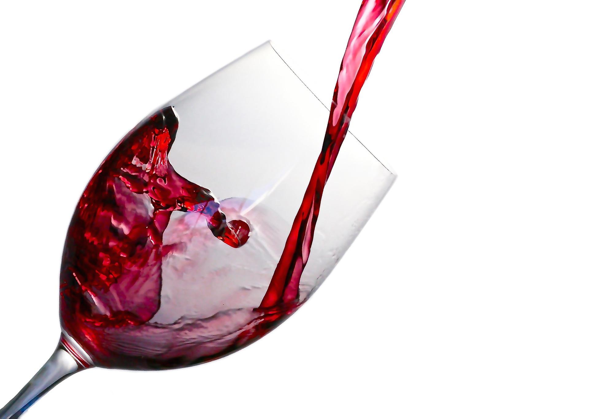 10 Amazing Health Benefits Of Red Wine Healthspresso